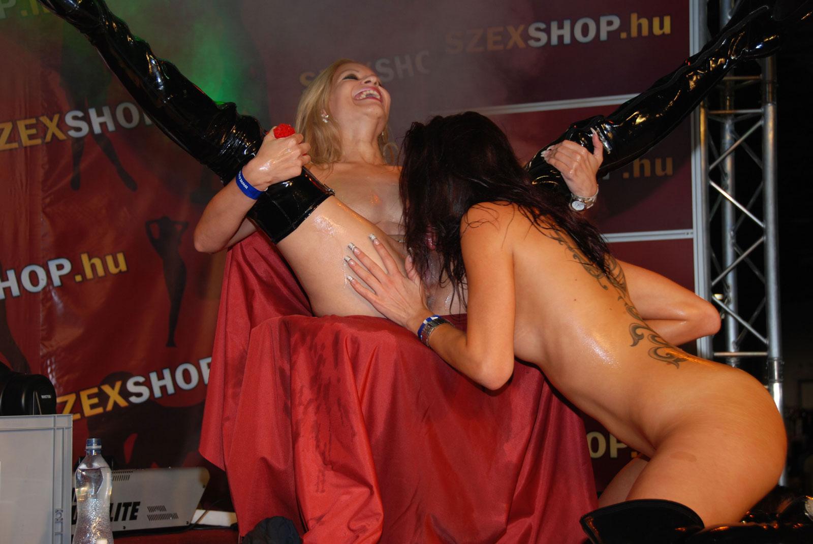 erotic massage cairns avn awards best anal