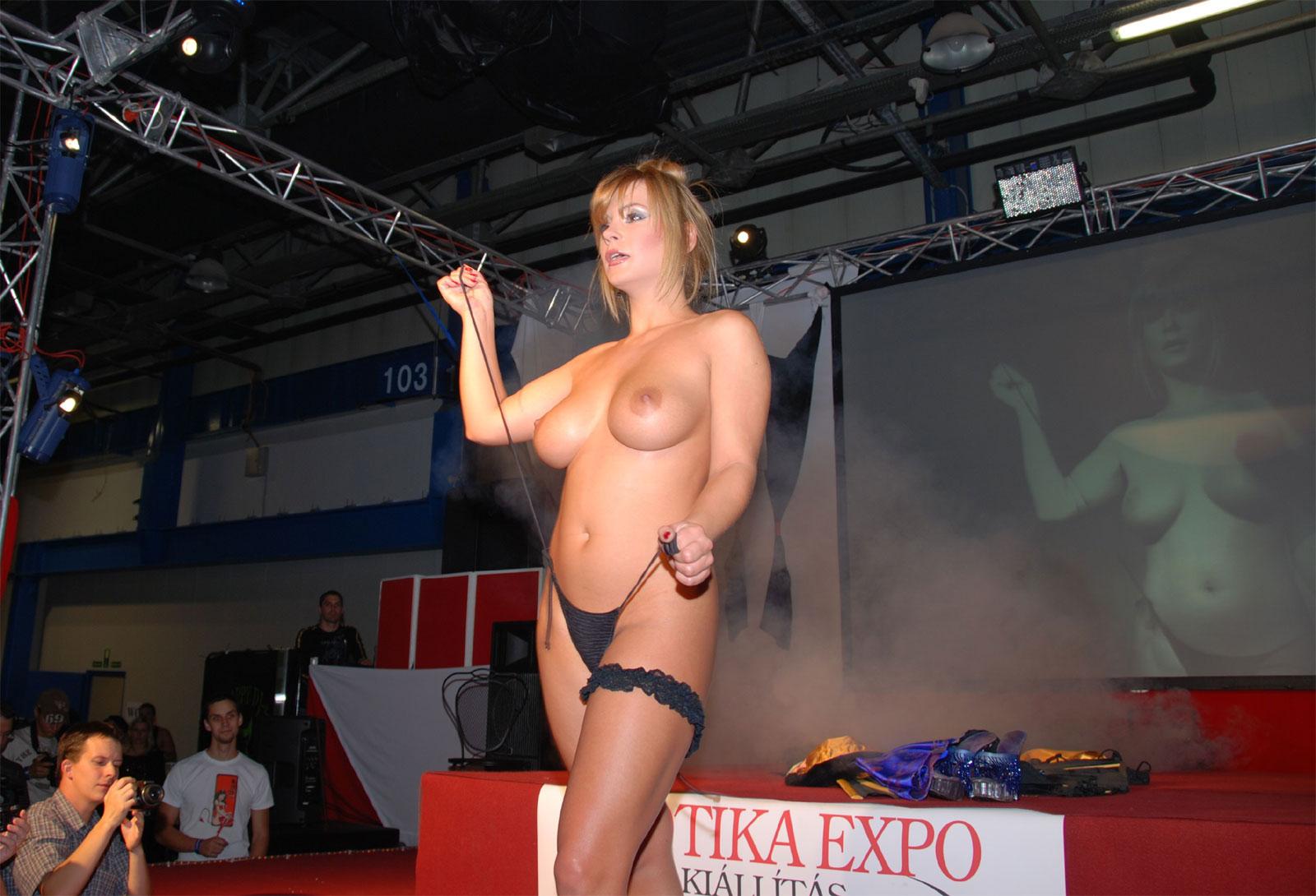 Big tits exotic erotic expo sex tiny beach video