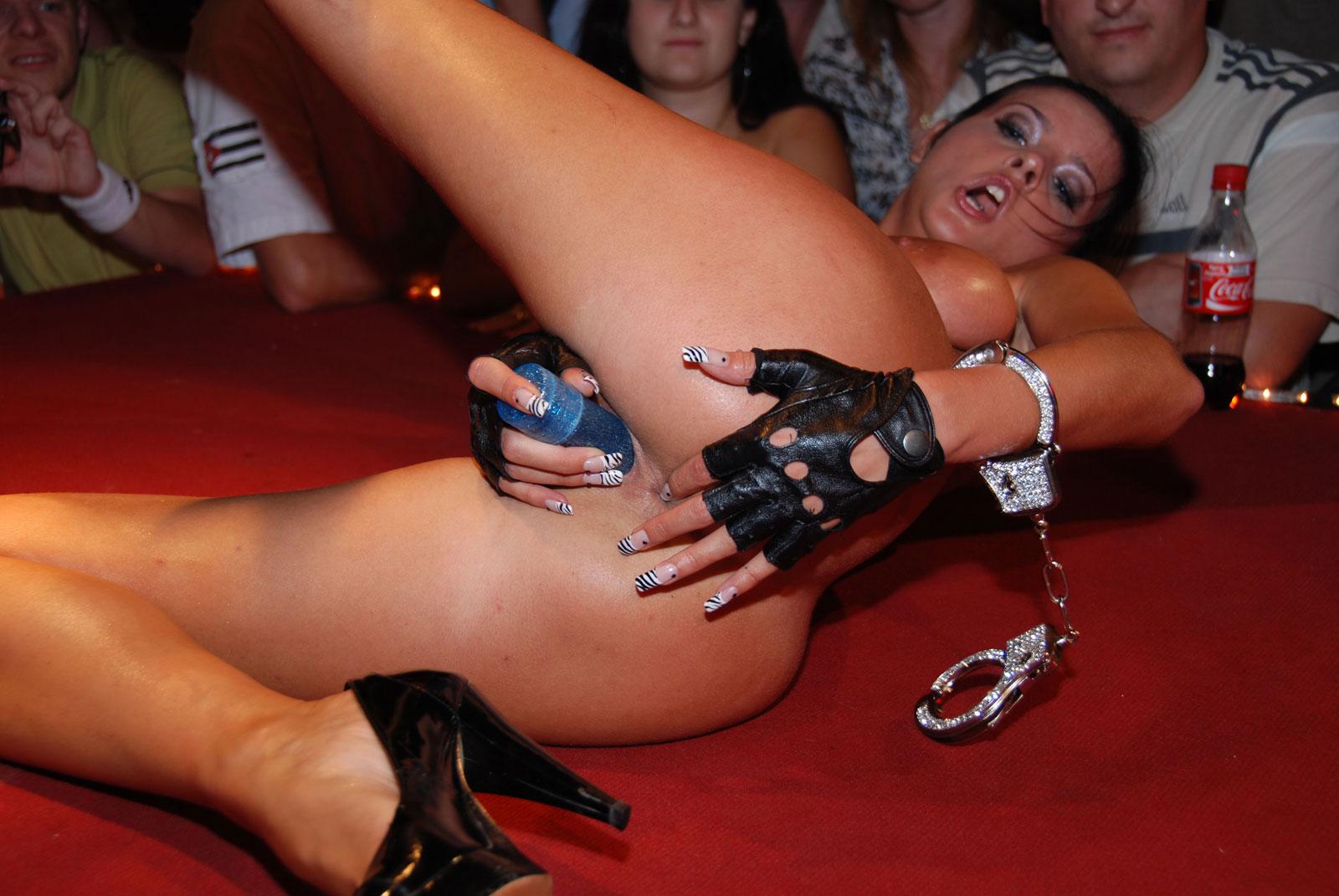 Порно фестиваль эротикон, страпон смотреть онлайн порно туб